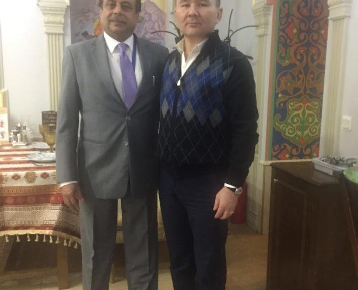 В ходе встреч генеральных прокуроров стран «ШОС» в Санкт-Петербурге в 2017 г., встреча с генеральным прокурором  Пакистана.